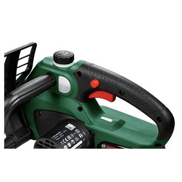 Bosch Universalchain 18V 20cm Cordless Battery Chainsaw Battery Included | 06008B8070