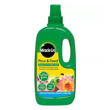 Miracle Gro Pour & Feed Plant Food 1 Litre