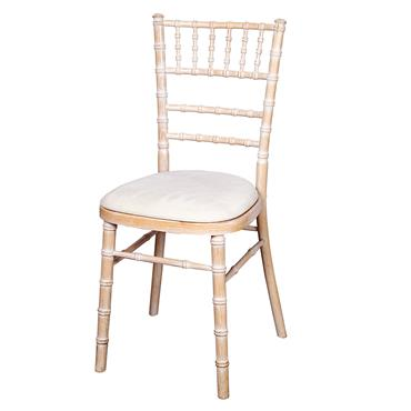 Chivari Chair with Ivory pad