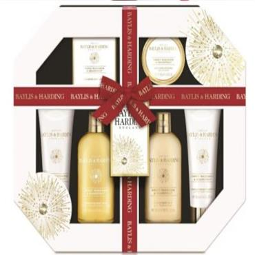 BAYLIS & HARDING SWEET MANDARIN AND GRAPEFRUIT LUXURY SET