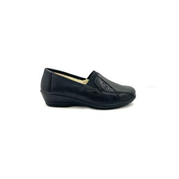 ALPINA WOMENS LOW WEDGE SLIP ON SHOE - BLACK