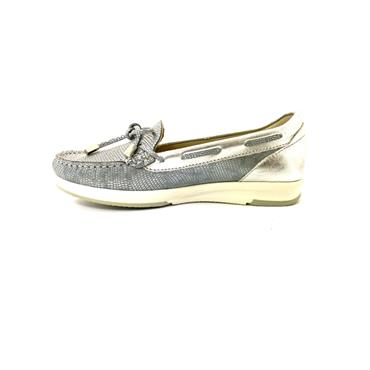 PITILLOS WOMENS BOW MOCCASSIN LOAFER - SILVER