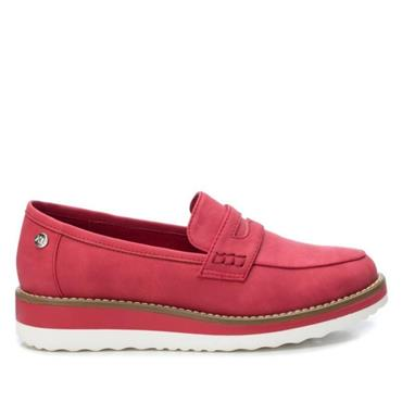 XTI WOMENS LOW WEDGE SLIP ON LOAFER - RED