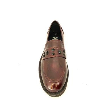 XTI WOMENS CHUNKY DIAMANTE LOAFER - BURGUNDY PATENT