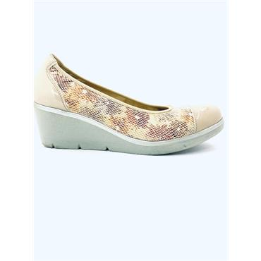 PITILLOS WOMENS CROC WEDGE COURT SHOE - NUDE PATENT