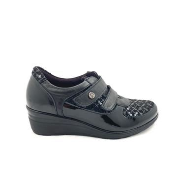PITILLOS LDS WEDGE 2 VEL STRAP SHOE - BLACK