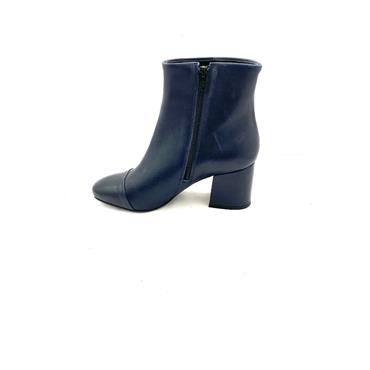 LAURA B.LDS LEATHER T CAP ZIP ANKLE BOOT - NAVY LEATHER