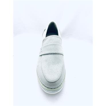 REFRESH LDS LOW WEDGE SLIP ON LOAFER - SILVER