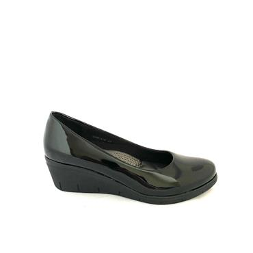 NINE TO FIVE LDS WEDGE COURT SHOE - BLACK PATENT