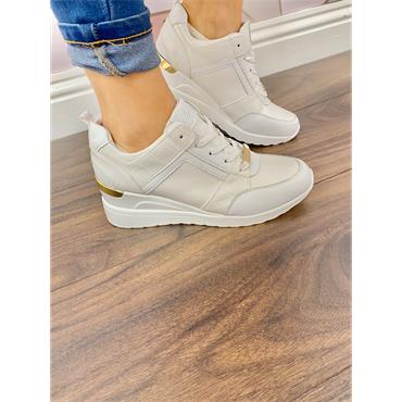 TOMMY BOWE WOMENS WEDGE LACE TRAINER - WHITE