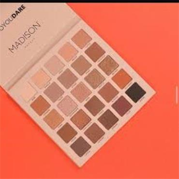 MADISON DARE TO BLEND EYESHADOW PALETTE