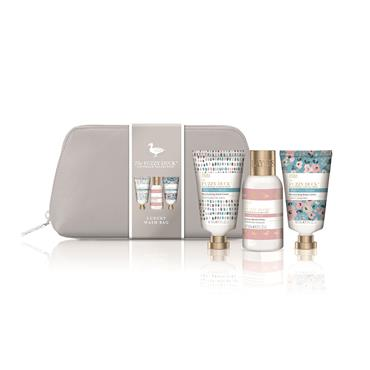 BAYLIS AND HARDING FUZZY DUCK COTSWOLD COLLECTION LUXURY COSMETIC BAG GIFTSET