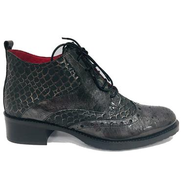 - JS LACED BROGUE BOOT - BLACK