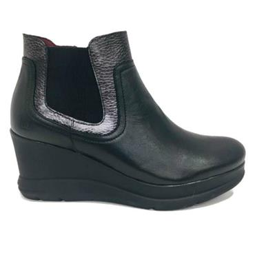 - JOSE SAENZ 5152-L-DL WEDGE BOOT - BLACK