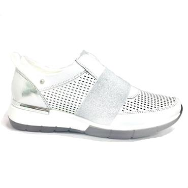 - Zanni Attalia Slip On Casual Shoe - White