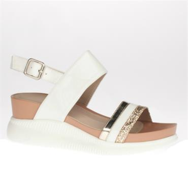 Zanni Eridu Wedge Sandal-White
