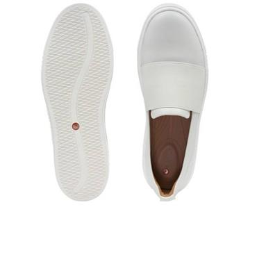 - Clarks Un Maui Step - White Leather