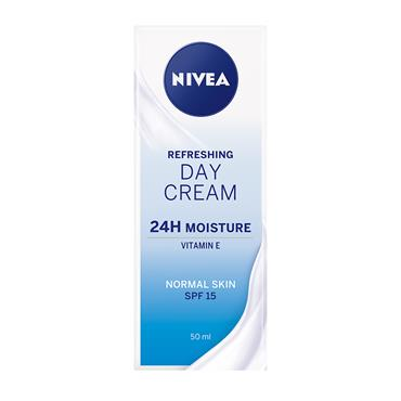 DAILY ESSENTIALS LIGHT MOISTURISING DAY CREAM FOR NORMAL/COMB SKIN