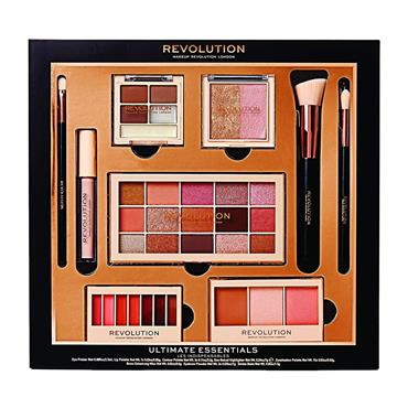 MAKE UP REVOLUTION ULTIMATE ESSENTIALS