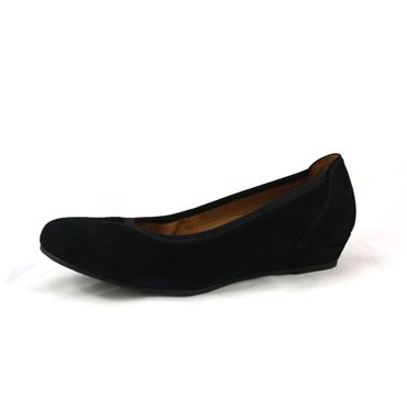 No7 SCHWARZ WIDE FIT LOW WEDGE - BLACK