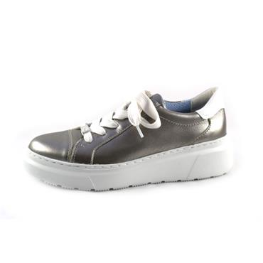 NO19 ARA - ZINN/WEISS LACED TRAINER - SILVER