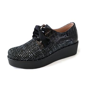 3A JOSE SAENZ LACED PLATFORM SHOE - BLACK