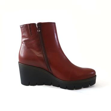 36 GABOR NAPPA OPERA WEDGE ANKLE BOOT - WINE