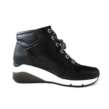 69 GABOR LACED TRAINER W/ HEEL & ZIP - BLACK