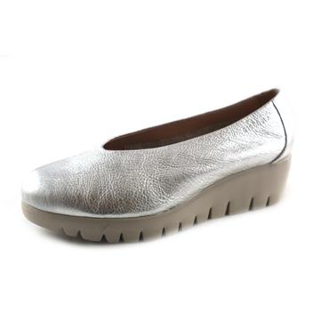 NO2A WONDERS PLATA SLIP ON WEDGE - SILVER