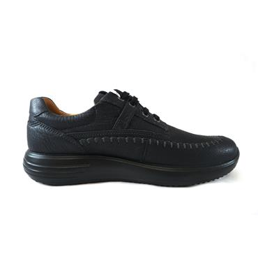 33 ECCO SOFT RUNNER LACED SHOE - BLACK
