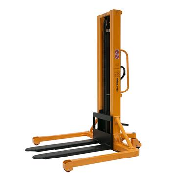 Total Lifter Manual Stacker Straddle Version