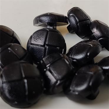 1 x Black Aran Button (15mm) Size 24