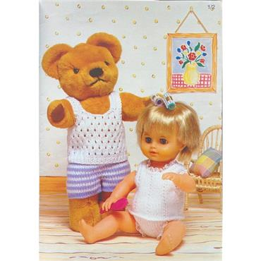 Teddy Pattern Booklet #618 Best of Friends, 12 Fun Outfits for your favourite Doll and Teddy