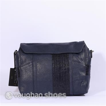 Volum Flap Bag - Navy
