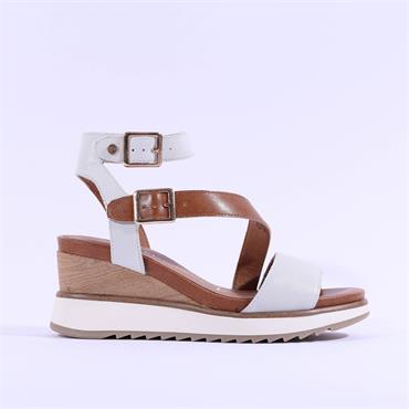 Tamaris Yael Strap Wedge Leather Sandal - White Tan