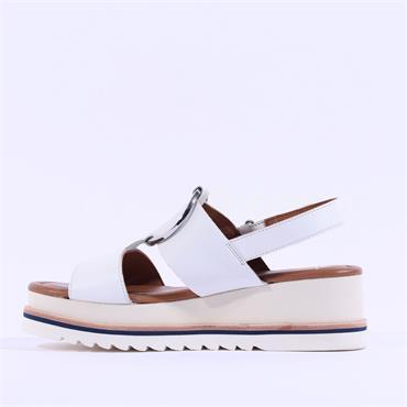 Ara Durban Platform Ring Detail Sandal - White Leather