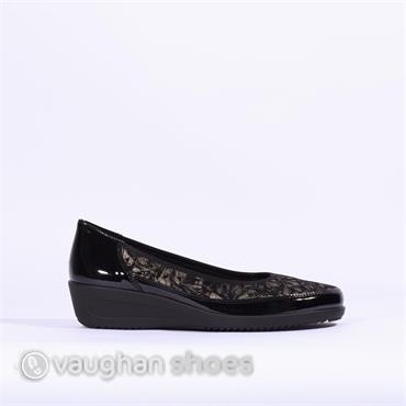 Ara Wedge Shoe With Printed Upper - Black