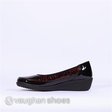 Ara Wedge Shoe With Printed Upper - Wine