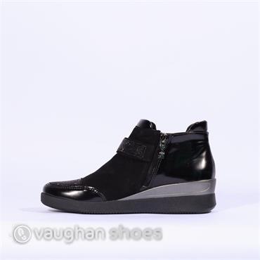 Ara Boot With Strap Diamonte Detail - Black