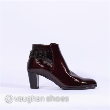 Ara High Heel Boot With Link Detail - Wine