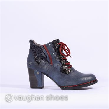 Mustang Laced Boot With Floral Design - Denim Blue