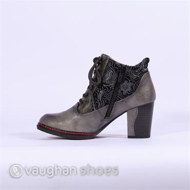Mustang Laced Boot With Floral Design - Grey