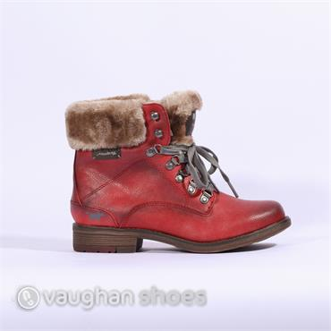 Mustang Fleece Cuffed Lace Up Boot - Red