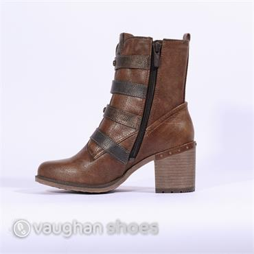 Mustang Strap And Buckle High Ankle Boot - Tan