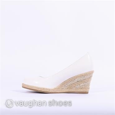Marco Tozzi  Wedge With Weaved Heel - White