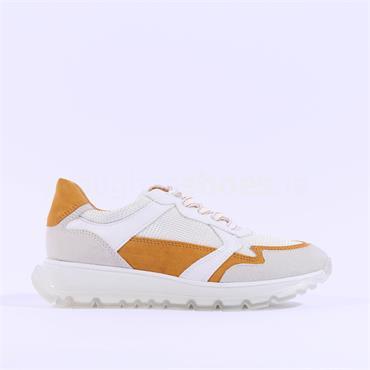 Marco Tozzi Reima Clear Sole Trainer - White Orange