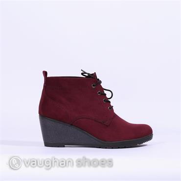 Marco Tozzi Lace Wedge Ankle Boot - Bordo