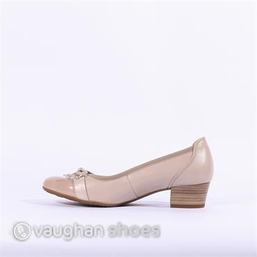 Gabor Low Tie Court Shoe Hayley - Beige