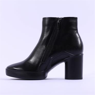 Ecco Women Shape Sculpted Motion 55 Boot - Black Leather