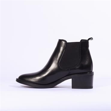 Clarks Ada Chelsea - Black Leather